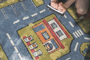 Child clean carpet