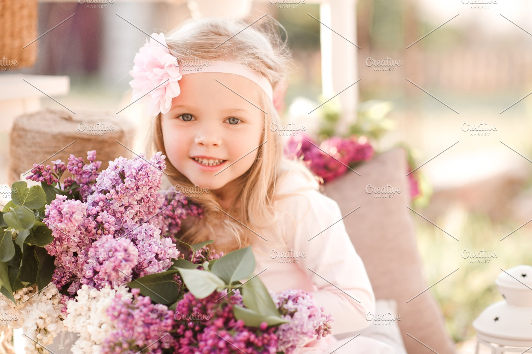 Save baby girl with flowers