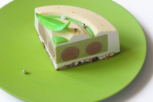 Green Tea and Chocolate Mousse Cake
