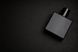 Mockup of black fragrance perfume