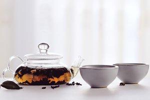 Black tea in a transparent teapot