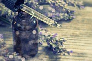 Perfumed herbal lavender oil essence