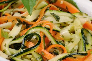 Salad of zucchini and carrots