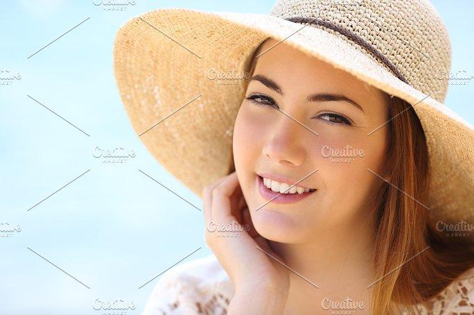 Portrait of a beautiful woman face in summer.jpg - Beauty & Fashion