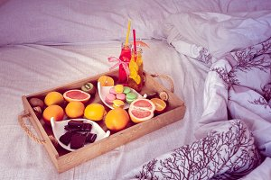 fruit breakfast in bed