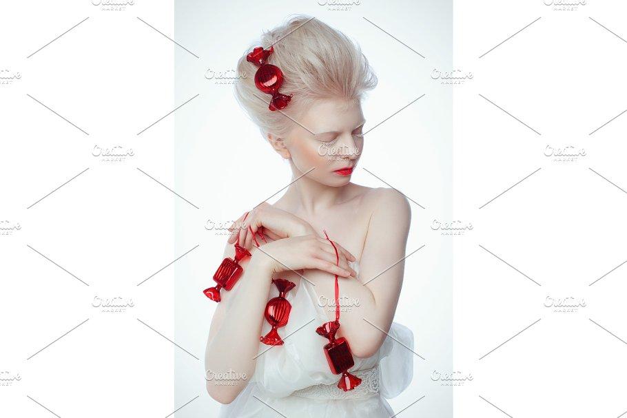 196b5eed57 beautiful albino young woman with ~ Beauty   Fashion Photos ...