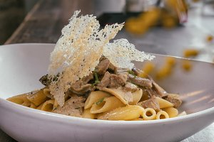 beef stake with penne pasta