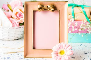 Pink frame with bow and flowers, gif