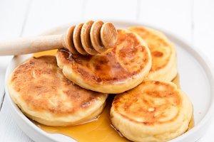 Syrniki, cottage cheese pancakes