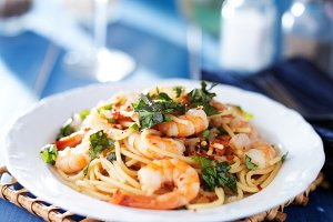 seafood pasta with shrimp