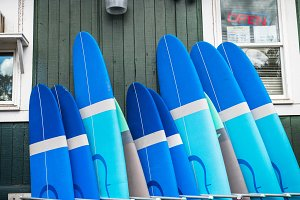Surf and paddle boards rental servic