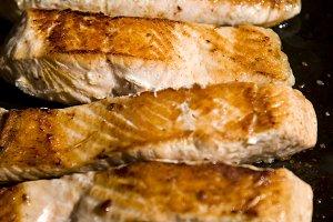 roasted salmon grilled on salt
