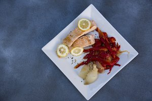 grilled salmon and red peppers