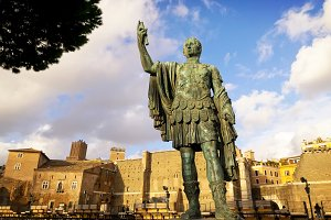 Statue of Julius Caesar  at Roman Fo