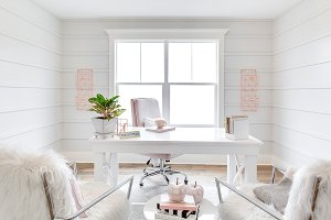 White Modern Office