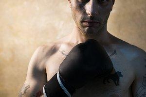 The kickboxer con bad guy