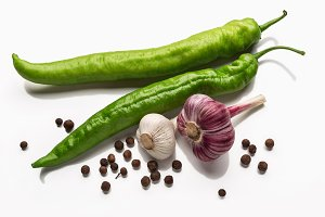 garlic and green pepper pods