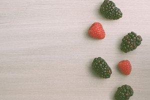 3berries.jpg