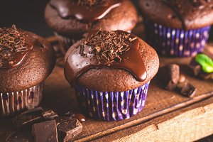 Chocolate muffins with ganache