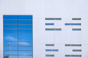 Facade with straight lines