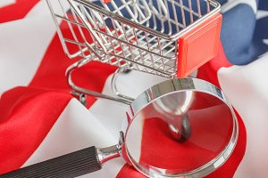 Shopping cart and Magnifying glass o