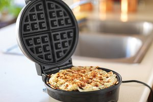 hash browns in waffle maker hack