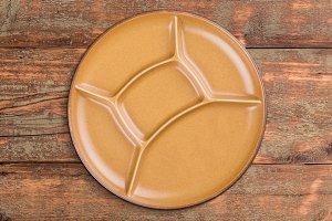 Round ceramic plate