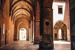 Italian Outdoor Courtyard