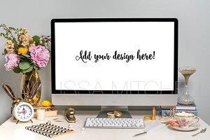 iMac Styled Desktop Mockup #18