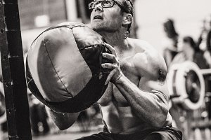 CrossFit Man Wall Ball 19.1