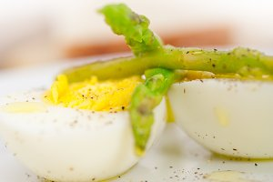 asparagus and eggs 013.jpg
