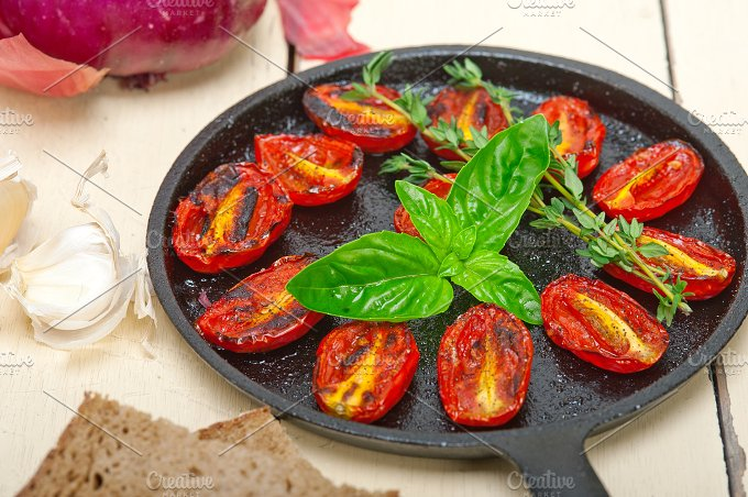 baked cherry tomatoes 014.jpg - Food & Drink