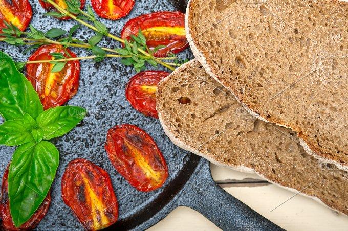 baked cherry tomatoes 043.jpg - Food & Drink