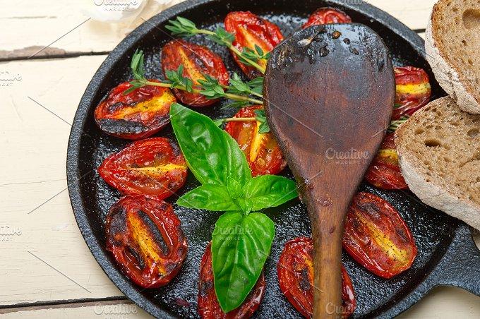 baked cherry tomatoes 059.jpg - Food & Drink