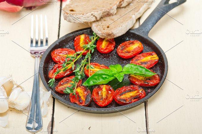 baked cherry tomatoes 058.jpg - Food & Drink