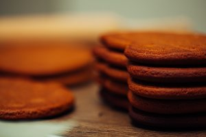 gingerbread cookies close up backgro