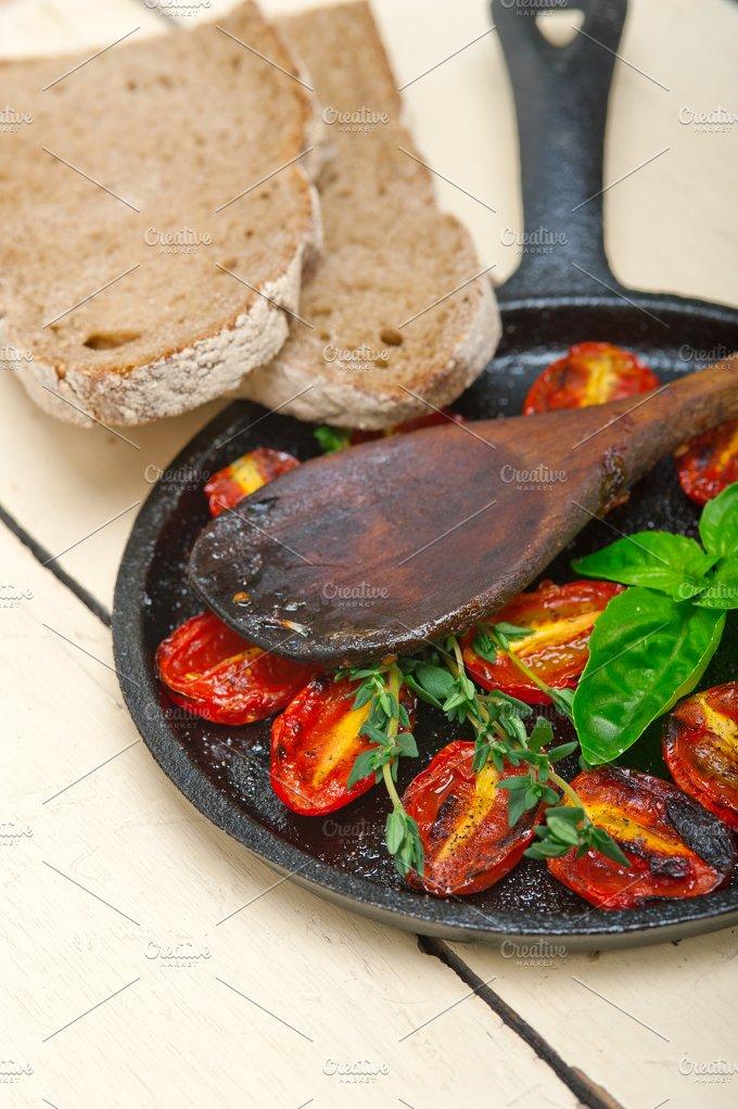 baked cherry tomatoes 070.jpg - Food & Drink