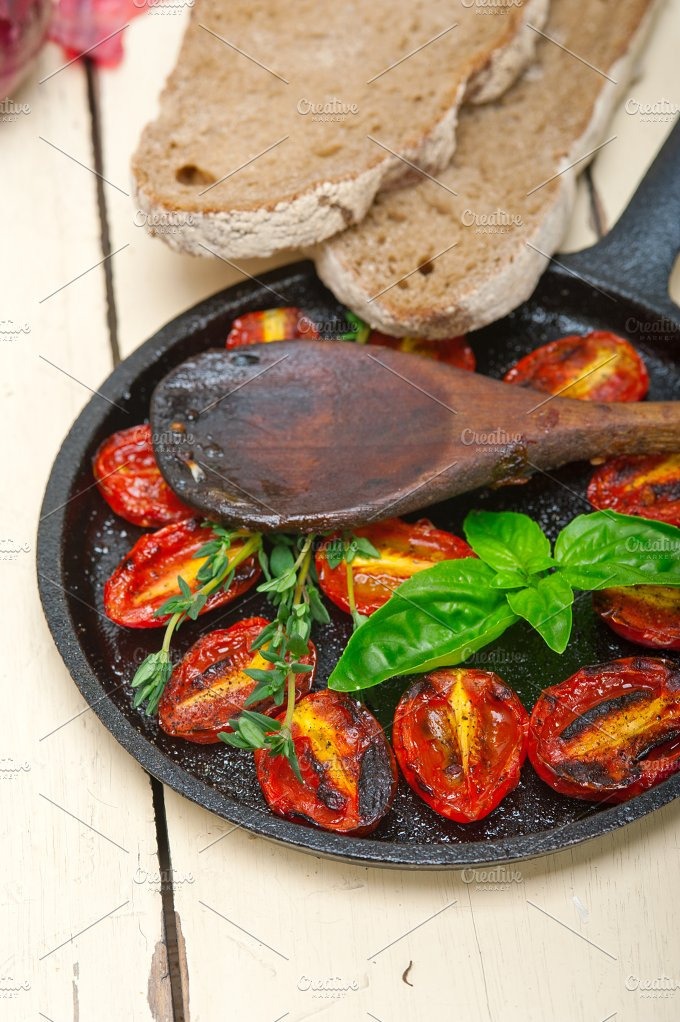 baked cherry tomatoes 071.jpg - Food & Drink