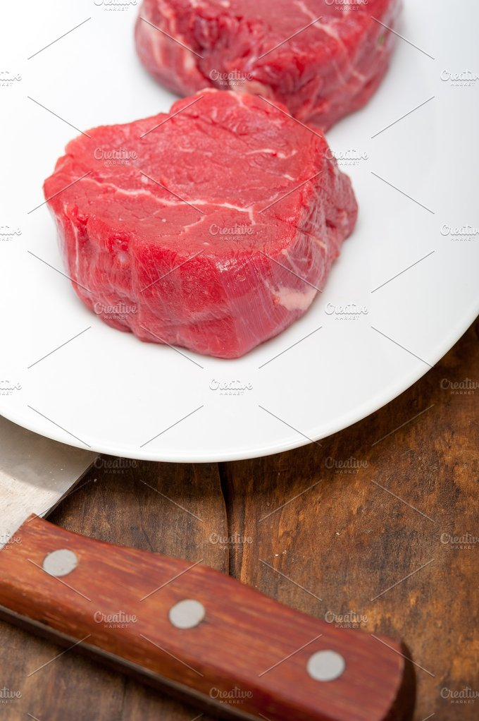 beef raw filet mignon 001.jpg - Food & Drink