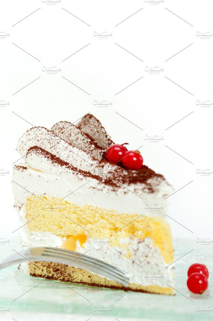 whipped cream cake 018.jpg - Food & Drink