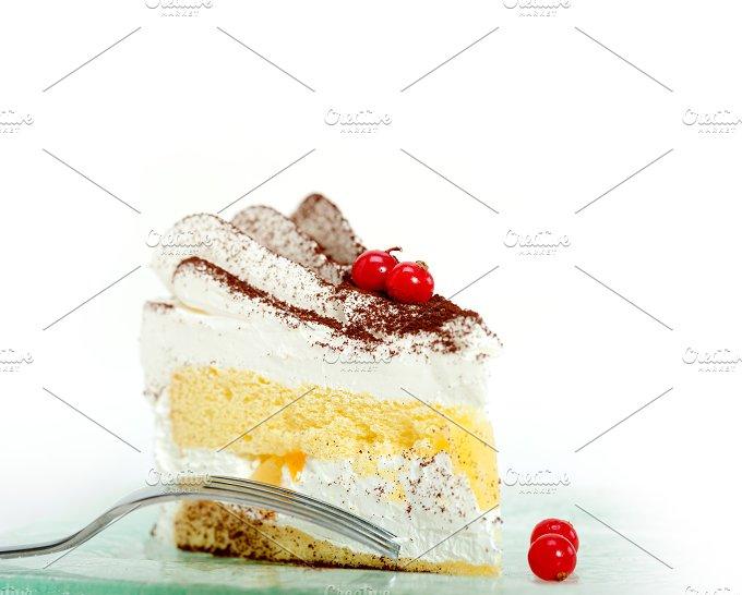 whipped cream cake 019.jpg - Food & Drink