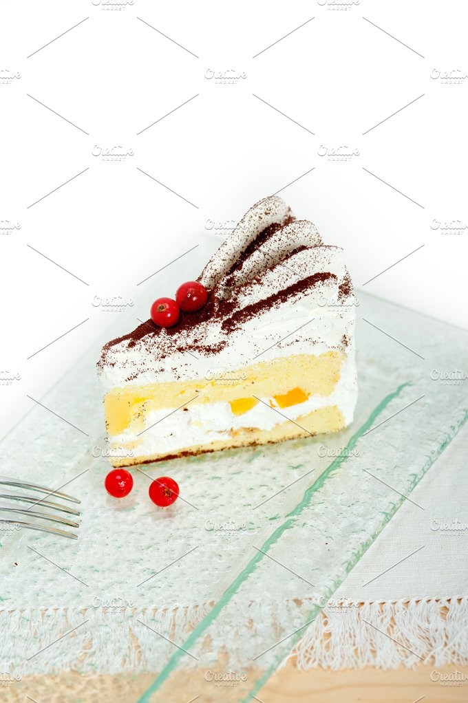 whipped cream cake 016.jpg - Food & Drink