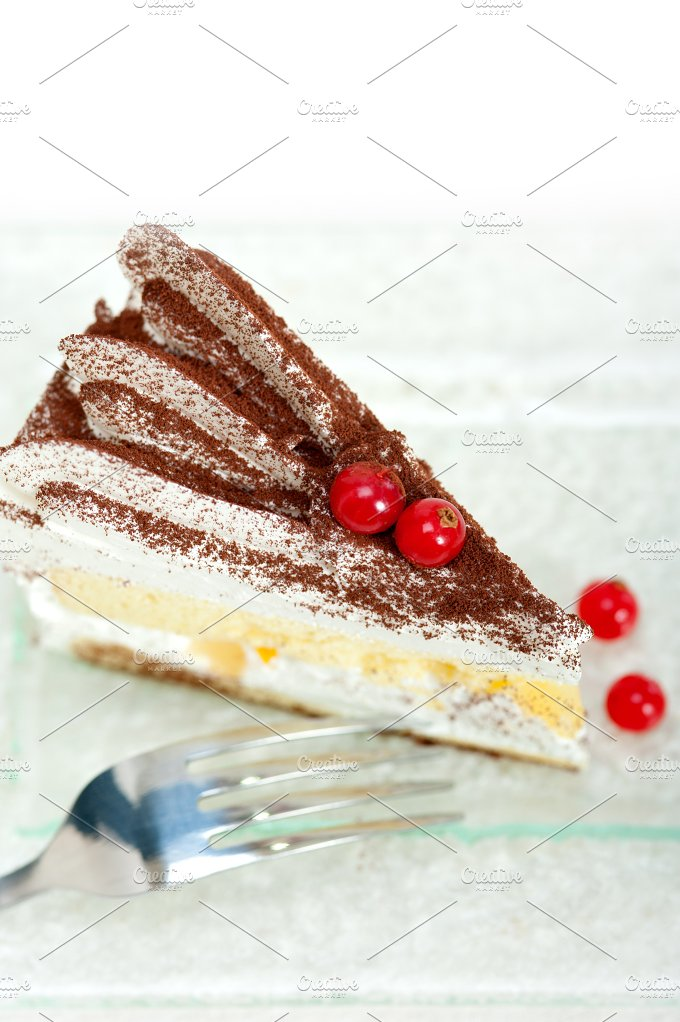 whipped cream cake 021.jpg - Food & Drink