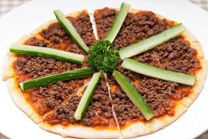 turkey beef pizza 03.jpg