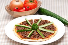 turkey beef pizza 05.jpg