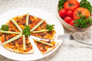 Turkish beef pizza pita 06.jpg