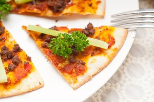 Turkish beef pizza pita 08.jpg