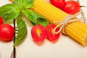 tomato basil spaghetti pasta 003.jpg