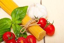 tomato basil spaghetti pasta 010.jpg