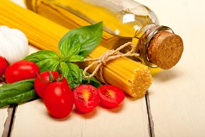 tomato basil spaghetti pasta 012.jpg
